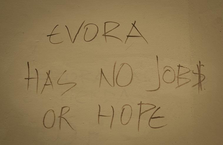 Artikel: Évora hat keine Arbeit oder Hoffnung?