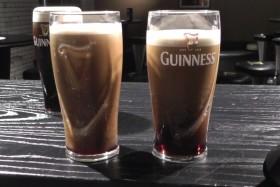 Video: 3 Minuten im Guinness Storehouse in Dublin