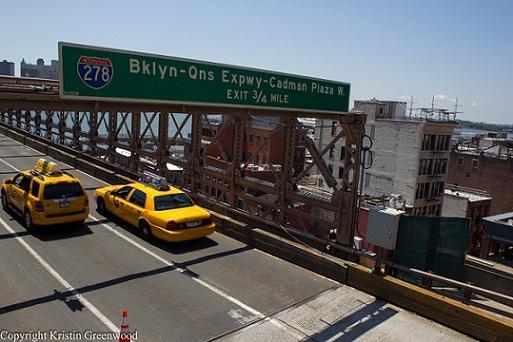 How To Find The Brooklyn Bridge Walkway? Bridge Details & Photos!