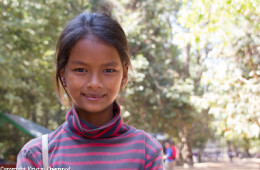 Photo Of The Week – A Bright Girl We Met At The Angkor Temples