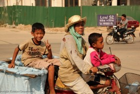 Photo Of The Week – Garbage Collectors In Siem Reap