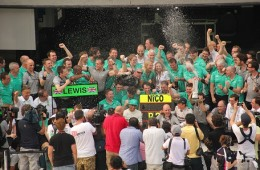 Photo Of The Week – AMG Mercedes F1 Team Celebrating Lewis Hamilton's Win