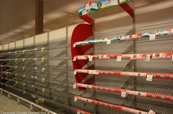 Photo Of The Week – Empty shelves at supermarket due to Cyclone Ita Australia