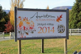 Video: Arrowtown Autumn Festival 2014 Part 1 New Zealand Arrowtown NZ