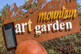 Video: Dore's Mountain Art Garden Near Idyllwild CA California