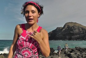 Video: Great sights along the North Shore of Oahu Island Hawaii
