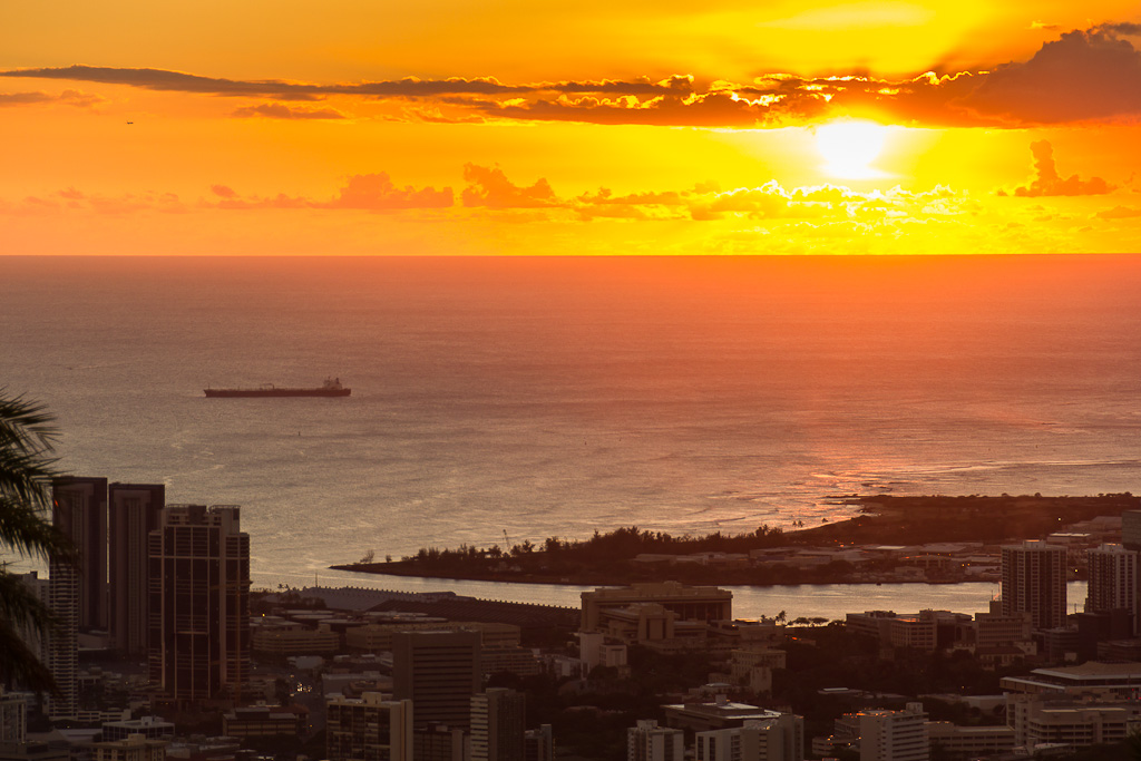 Sunset Tantalus Viewpoint