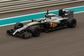Video: F1 Abu Dhabi Testing 25 November 2014