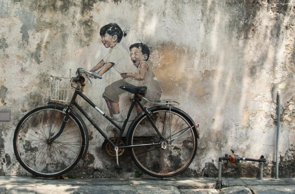 Photo Of The Week – Penang Street Art Kids on Bicycle in Georgetown Penang