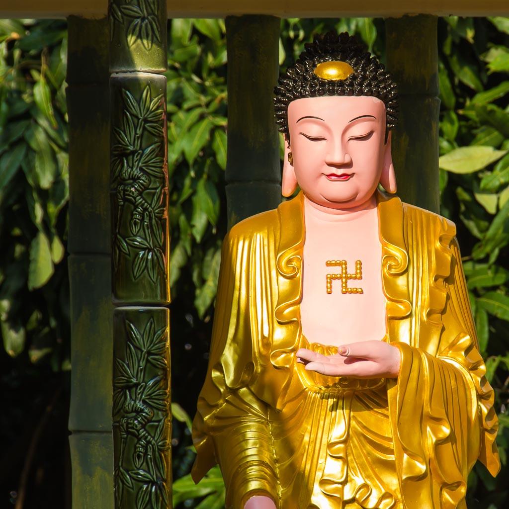 Statue inside Kek Lok Si Temple