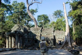 Video: Ta Prohm Temple & Banteay Kdei Temple & Srah Srang