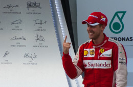 Video: F1 Malaysian Grand Prix 2015 Race Day Highlights 29th Mar 2015
