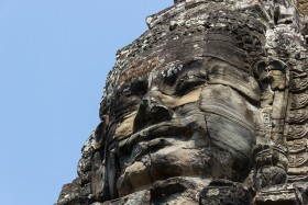 Video: Visit Angkor Thom incl. Bayon Temple Phnom Bakheng and other sites