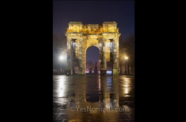 Photo Of The Week – McLennan Arch at Night in Glasgow