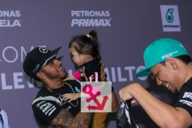 Video: Lewis & Nico at public event in KL Malaysia 28 Sep 2016