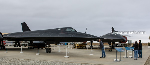 SR-71A Blackbird and Lockheed A-12
